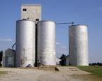 Old_Grain_Elevator_in_Lehigh__Kansas.jpg