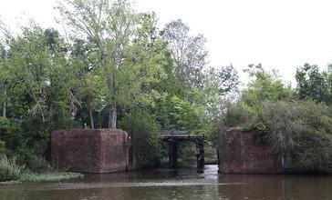 Locks_Lockport__Louisiana.jpg