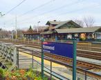 Wynnewood__PA_SEPTA_train_station.jpg