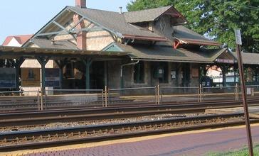 Wynnewood_Station_Pennsylvania.jpg