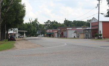 Main_Street_Oak_Ridge_Louisiana.jpg