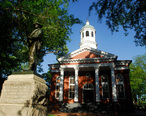 Loudoun_County_Courthouse_in_Leesburg_Virginia.jpg