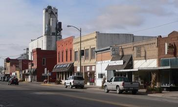 Central_City__Nebraska_G_St_from_B_Ave.JPG
