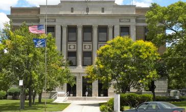 Norton_Co_KS_Courthouse.JPG