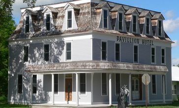 Pavillion_Hotel__Taylor__Nebraska__from_SW_3.JPG