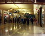 Hallway_to_food_court_at_Shops_at_Willowbend-January_2__2012.jpg