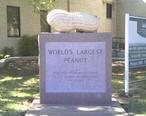 World_s_Largest_Peanut_Monument.jpg