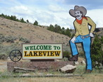 Welcome_Sign__Lakeview__Oregon__2014.JPG