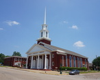 Mineola_May_2018_01__First_Baptist_Church_.jpg