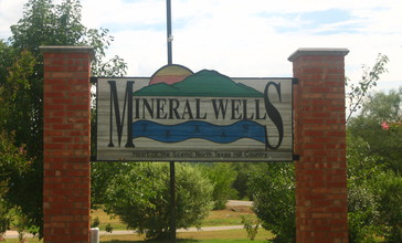 Mineral_Wells__TX__sign_Picture_2222.jpg