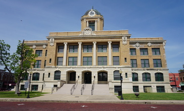 Gainesville_June_2017_09__Cooke_County_Courthouse_.jpg