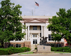 Jackson_courthouse.jpg