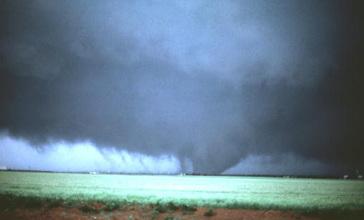 Altus_Oklahoma_Tornado.jpg