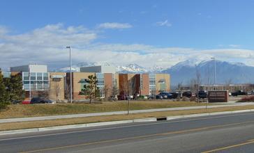 Vista_Heights_Middle_School__Saratoga_Springs__Utah__Mar_16.jpg