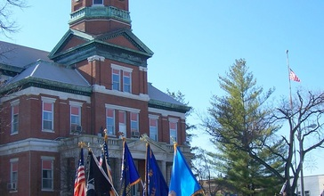 Lawrence_County_Courthouse_in_Lawrenceville.jpg