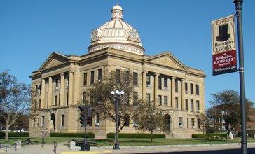 Lincoln_Illinois_Courthouse.jpg