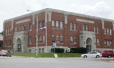 Douglas_County_Court_House_-_Ava__MO.jpg