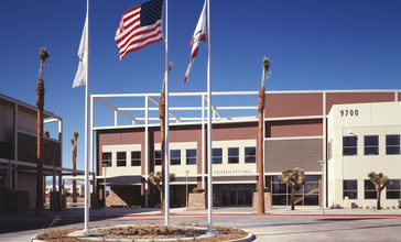 Hesperia_City_Hall.jpeg