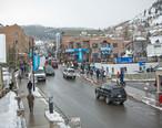 Main_Street_in_Park_City__Sundance_Film_Festival_2011_.jpg