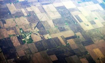 Benson__Illinois_aerial_01A.jpg