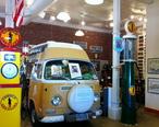 Bob_Waldmire_van_at_Route_66_Museum.jpg