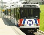 St_Louis_Metrolink_train.jpg