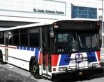 MetroBus_at_St_Louis_Science_Center.jpg