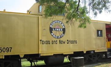 Southern_Pacific_Railroad__Kingsland__TX_IMG_1937.JPG