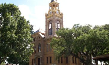 Llano_courthouse_2010.jpg