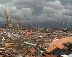 Photograph_showing_the_damage_to_houses_and_trees_in_Washington_following_the_11-17-2013_tornado.jpg