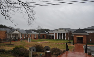 Fluvanna_County_administrative_and_legal_buildings.JPG