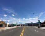 2015-04-29_16_23_21_View_south_along_E_Street__U.S._Route_95__near_6th_Street_in_Hawthorne__Nevada.jpg