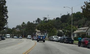 Garfield_Avenue__Montebello__California__14494675486_.jpg