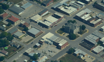 Aerial_view_of_Carrollton__Missouri_-_9-2-2013.JPG