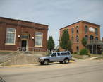 Orangeville_Il_People_s_State_Bank_and_Central_House2.JPG