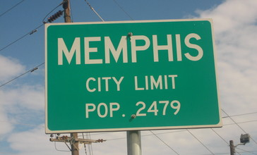 Memphis_highway_sign_IMG_0670.JPG