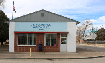 Avondale__Colorado_post_office.JPG