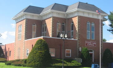 Franklin_County_Courthouse_in_Benton.jpg