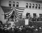 President_Roosevelt_speaks_at_Pomona_College__1903.jpg