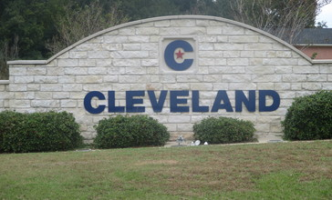 Cleveland__TX_sign_IMG_8259.JPG