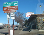 Road_signs_in_Cambridge_ID.JPG