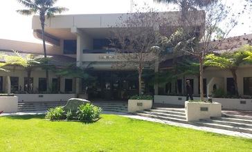 Carson_city_hall.jpg