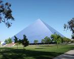 Walter_Pyramid.jpg