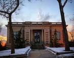 LaSalle_Public_Library__a_Carnegie_Library_in_LaSalle__IL.jpg