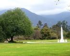 LA_County_Arboretum_-_fountain.JPG