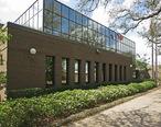 Bellaire__Texas_City_Hall.jpg