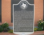 Bellville_TX_City_Hall_Marker.JPG