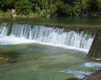 Lions_Park_Waterfall_2.jpg