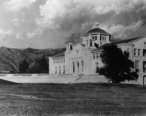 Throop_Hall_at_Caltech__in_Pasadena__00035486_.jpg