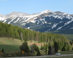 The_view_from_Vail_Pass__2588659728_.jpg